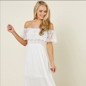 Dresses & Skirts - White off shoulder maxi dress